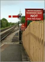 signale-und-sicherheitswesen/141353/halt-nicht-nur-fuer-die-zuege Halt! Nicht nur für die Züge, sondern auch für Reisende (und Fotografen). Corfe Castle, den 8. Mai 2011