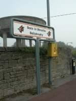 Bahnhofsschilder/1141/in-irland-sind-alle-stationsschilder-zweisprachig In Irland sind alle Stationsschilder zweisprachig angeschrieben (Oktober 2006)