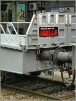 sonstiges/135410/andere-senden-postkartenneue-simplon-tunnel-auto-wagen-bei andere senden Postkarten... (Neue Simplon-Tunnel-Auto wagen bei der Überfuhr nach Brig in Lausanne am 4. April 2011.)